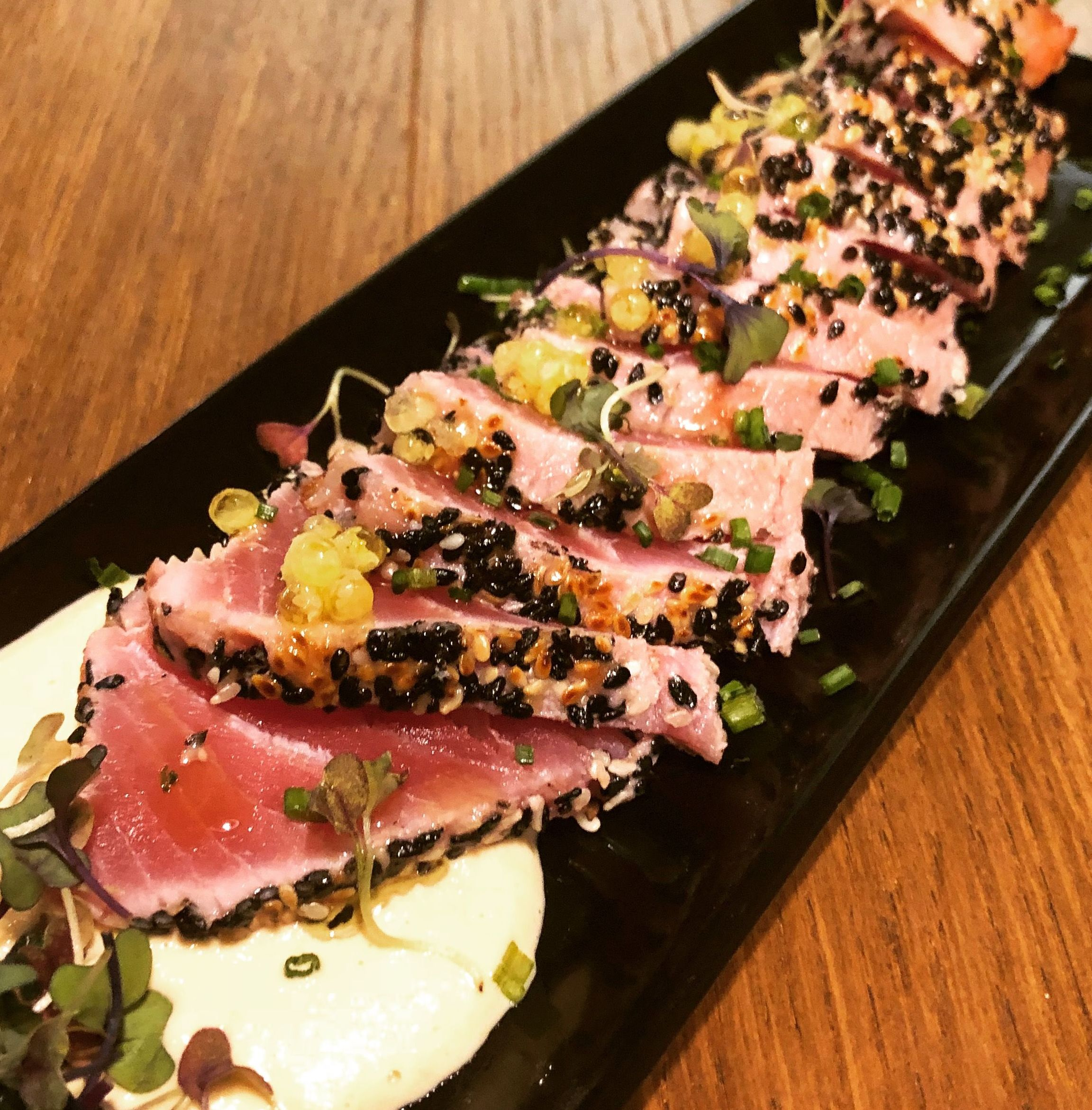 Tataki de tonyina vermella