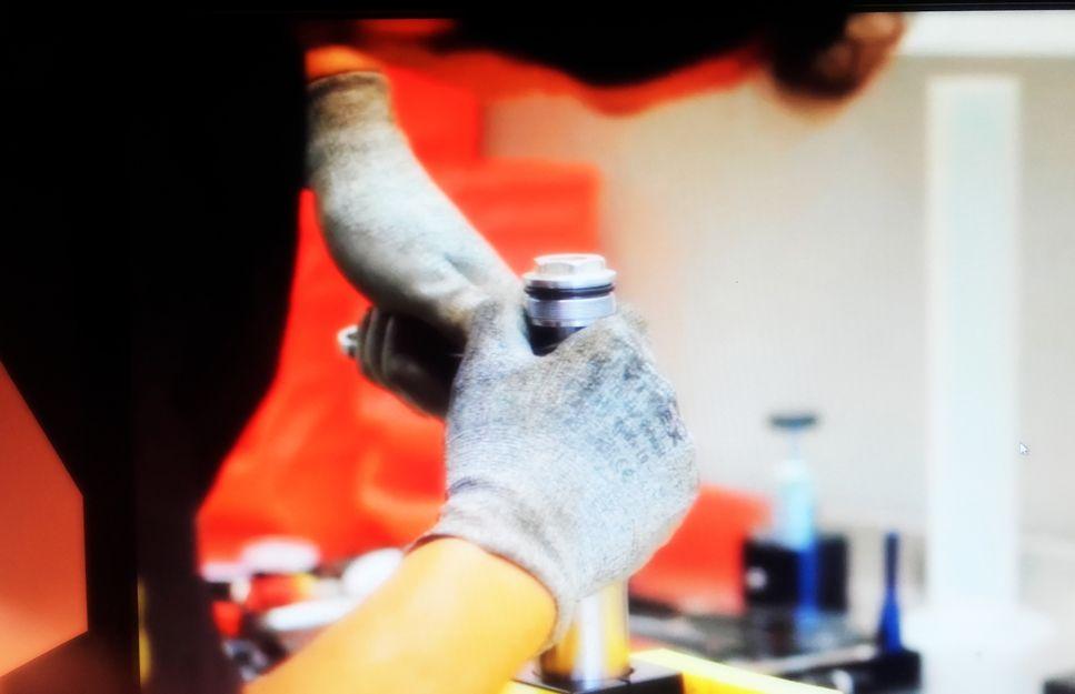Reparación de suspensiones de motos en Cádiz