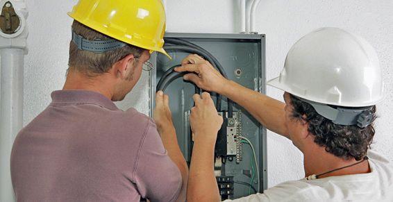 Mantenimientos eléctricos para comunidades: Productos y servicios de Electricidad Torrelodones