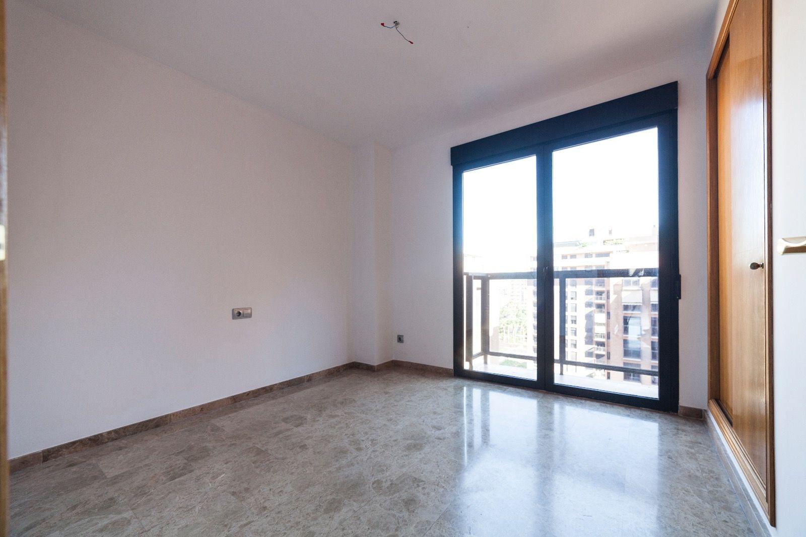 Alquilamos tu piso en zona Ciudad de Las Ciencias Valencia
