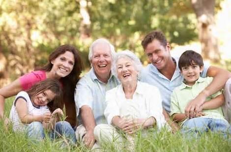 PARTICULARES Y FAMILIAS