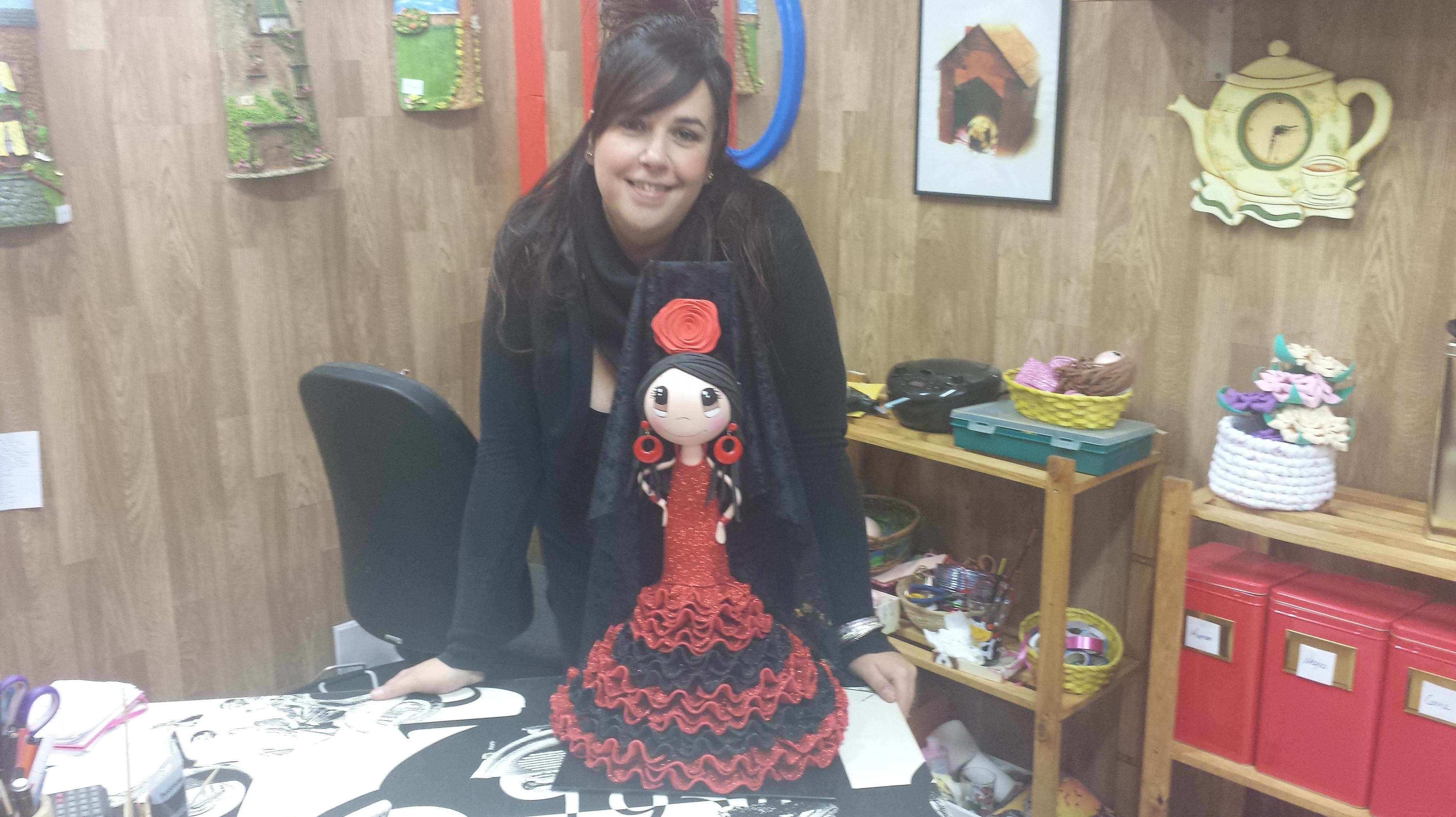 Muñeca vestida de flamenco