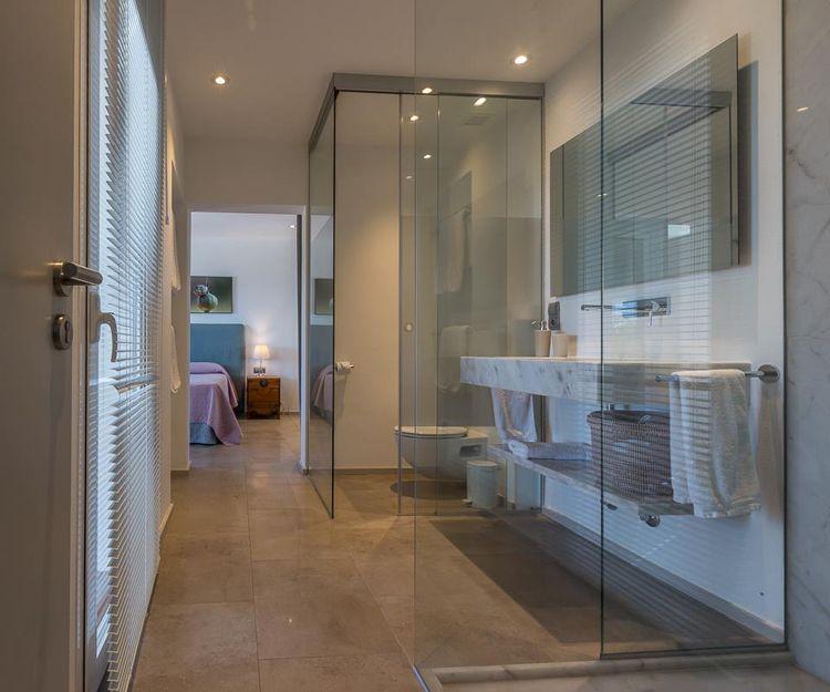 Lavabos de mármol y granito en Ibiza