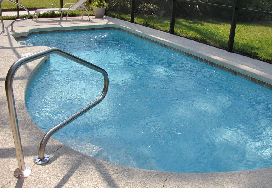 Impermeabilizaci n de fachadas en m stoles elegir una piscina for Piscina el soto mostoles