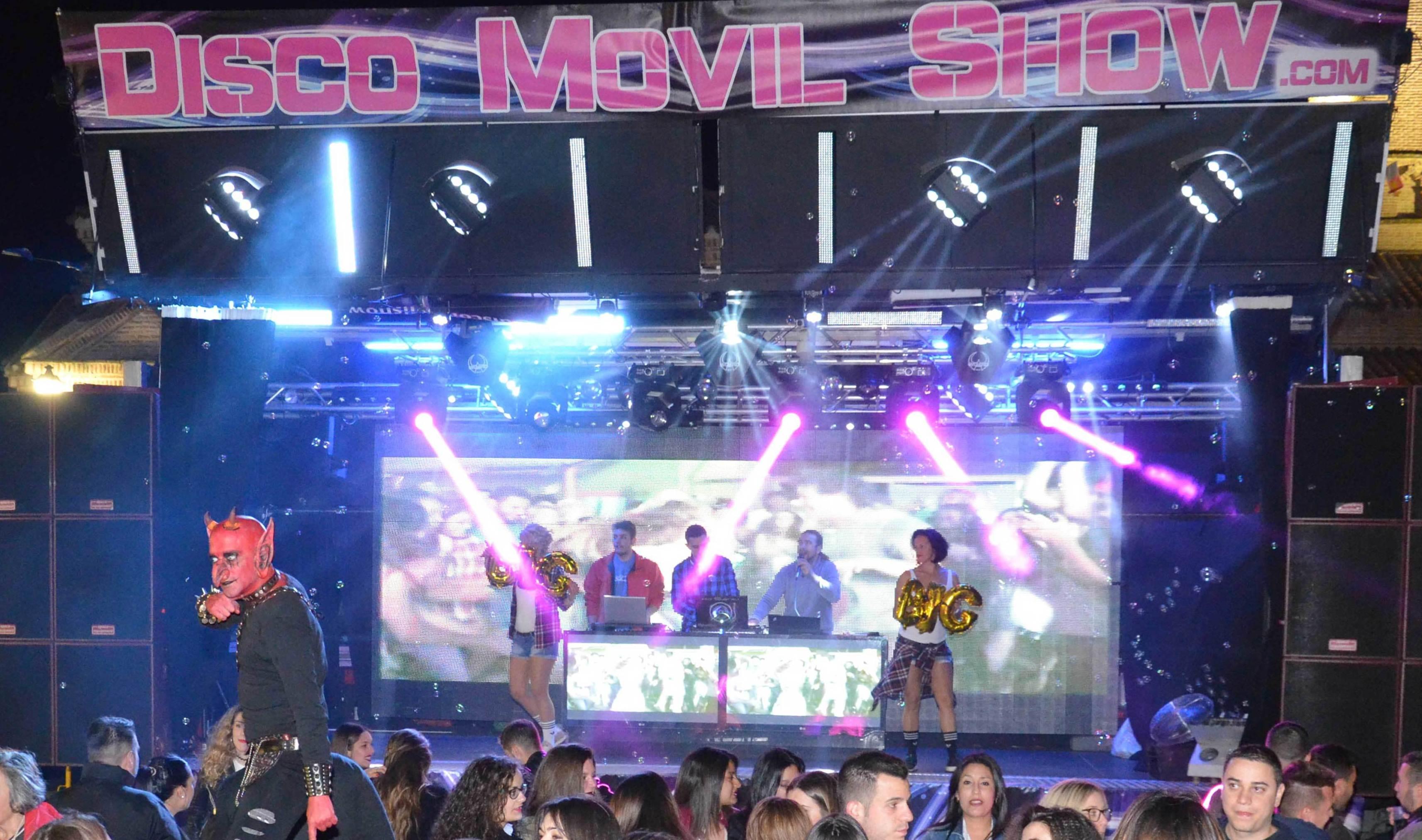 Camion Macro Discoteca Show durante una fiesta BIG PARTY