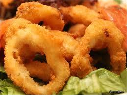 Calamares, papas fritas y ensalada: Nuestra Carta de Happy Burger