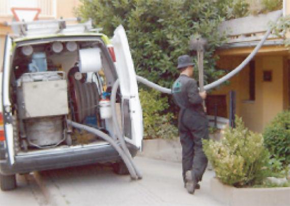 Foto 6 de Chimeneas y calderas (limpieza) en Centelles | Molist Germans