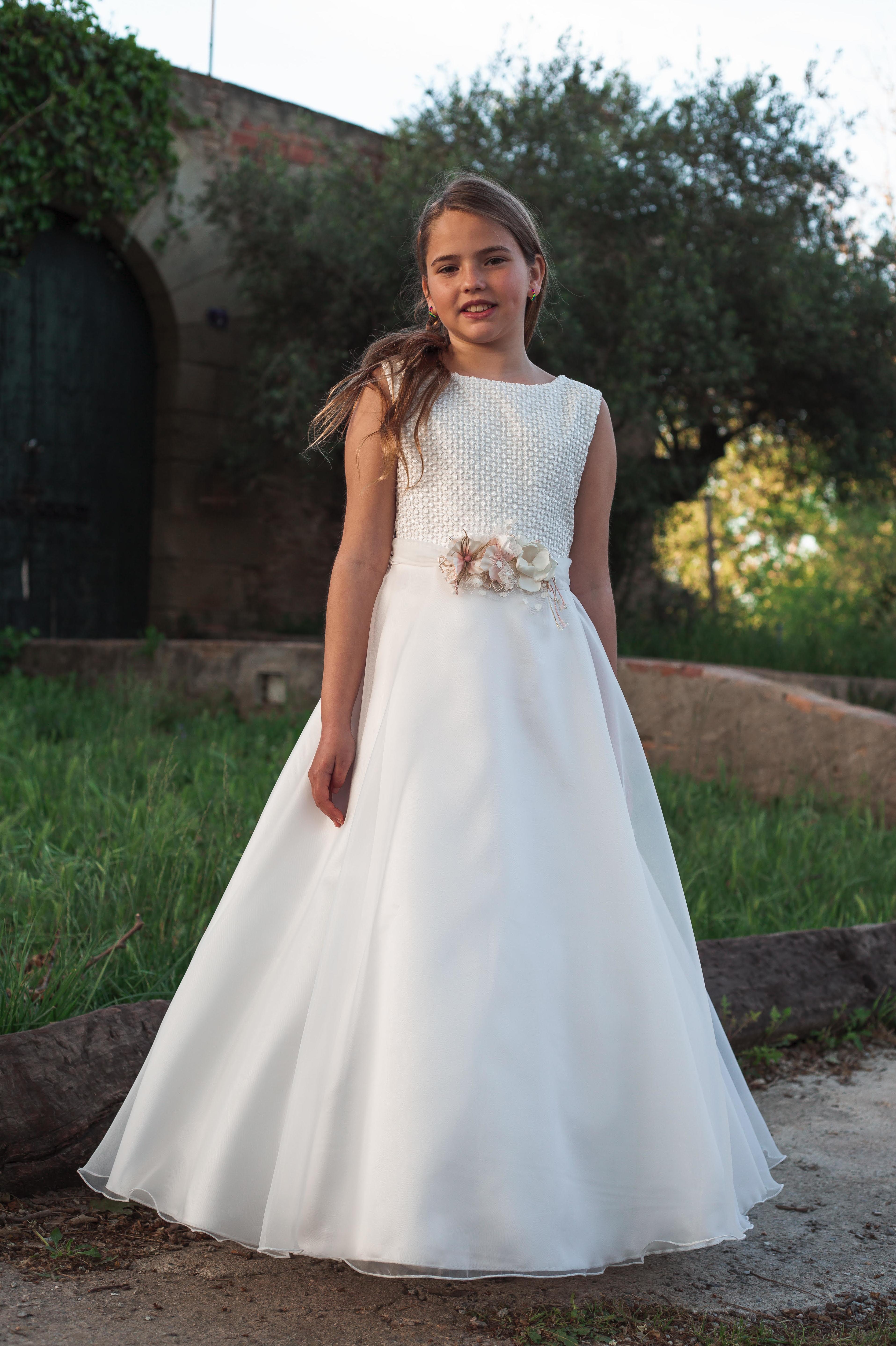 Vestidos de comunión niña Colección 2020. Susan