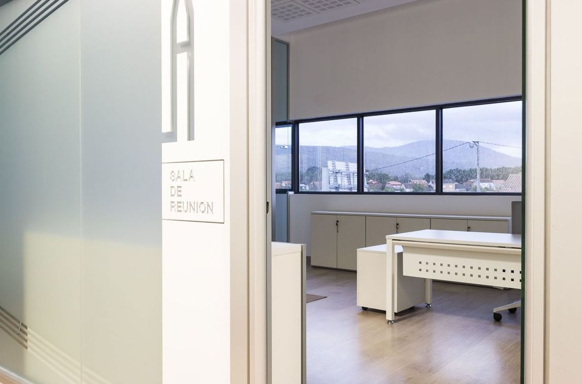 Mamparas de oficina A Coruña