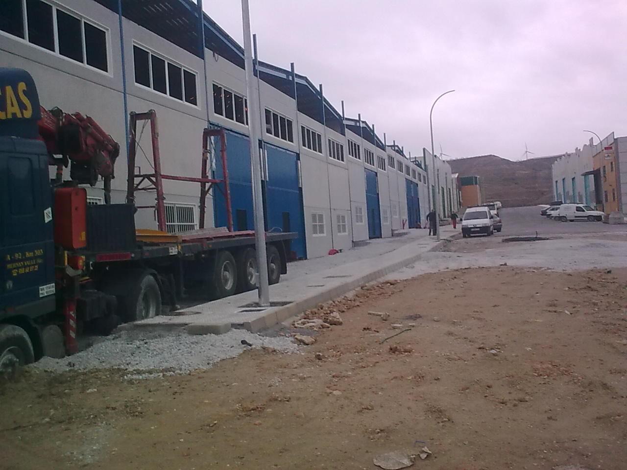 Foto 5 de Hormigón (prefabricados) en Hernán-Valle | Placas Jiménez de Haro, S.L.