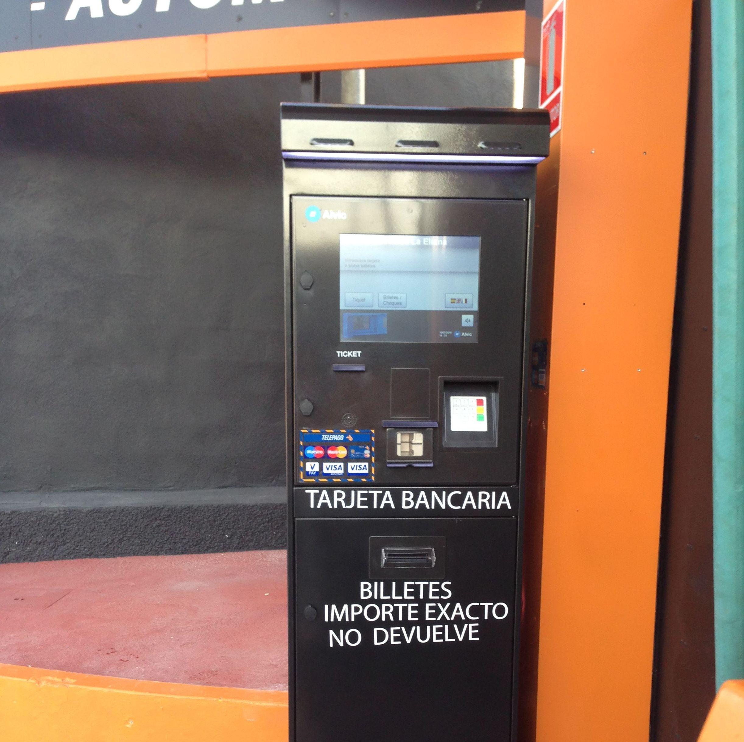 Nuevo tarjetero-billetero C/Bruselas,13 Pol.Mas de Tous