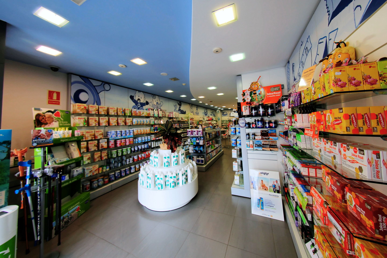 Foto 2 de Farmacia en Guissona | Farmacia Rosa Cinca