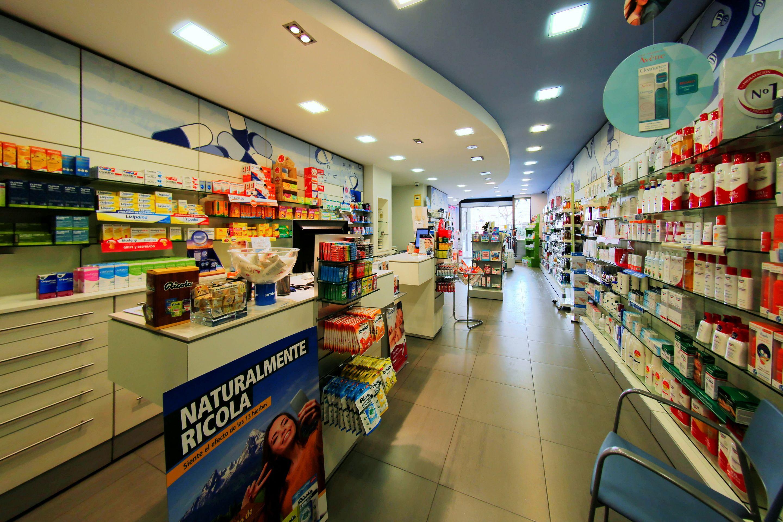 Foto 3 de Farmacia en Guissona | Farmacia Rosa Cinca