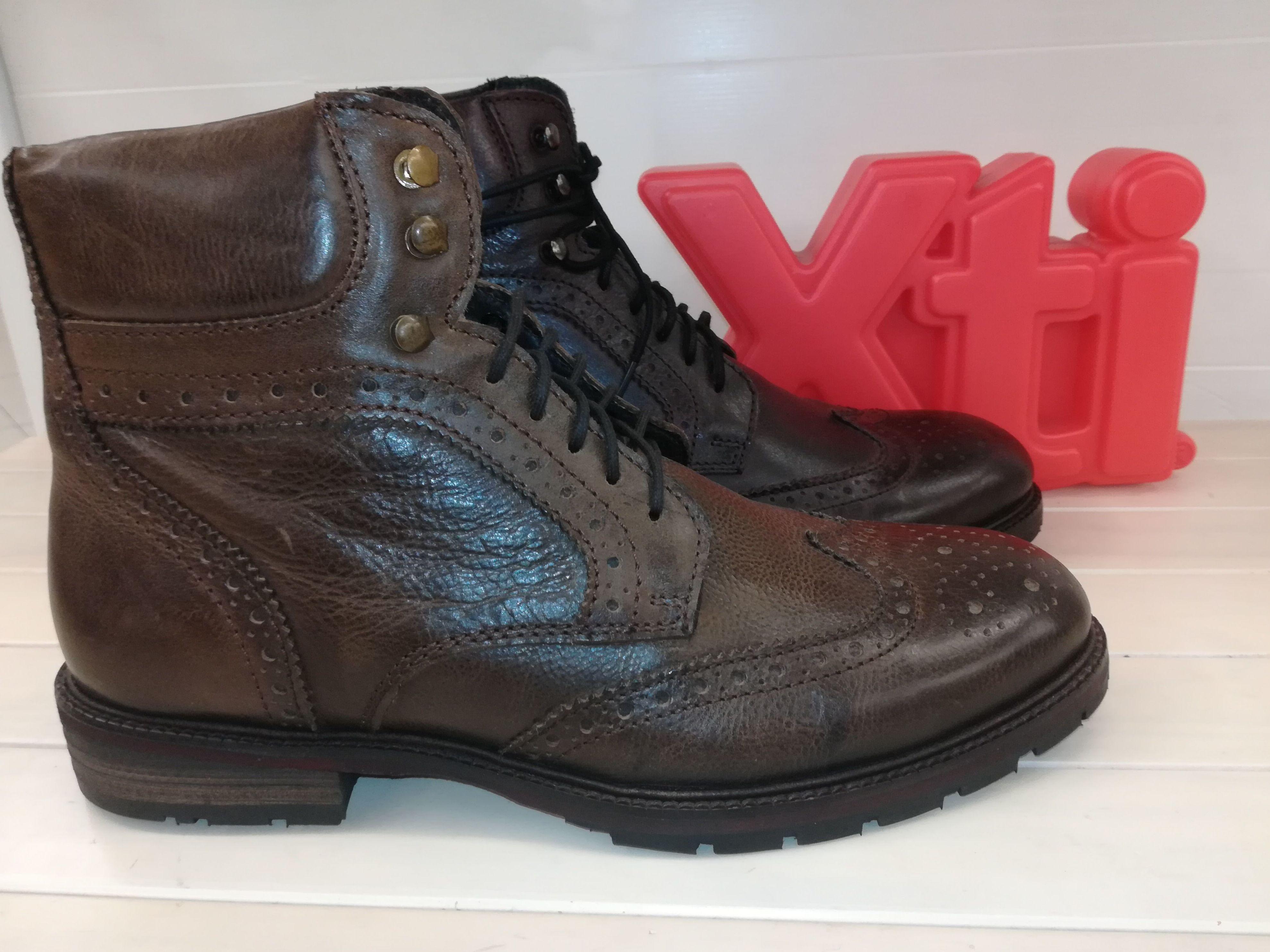 Foto 5 de Venta de calzado español para hombre y mujer en Alcorcón | Zapaterías Paco Márquez