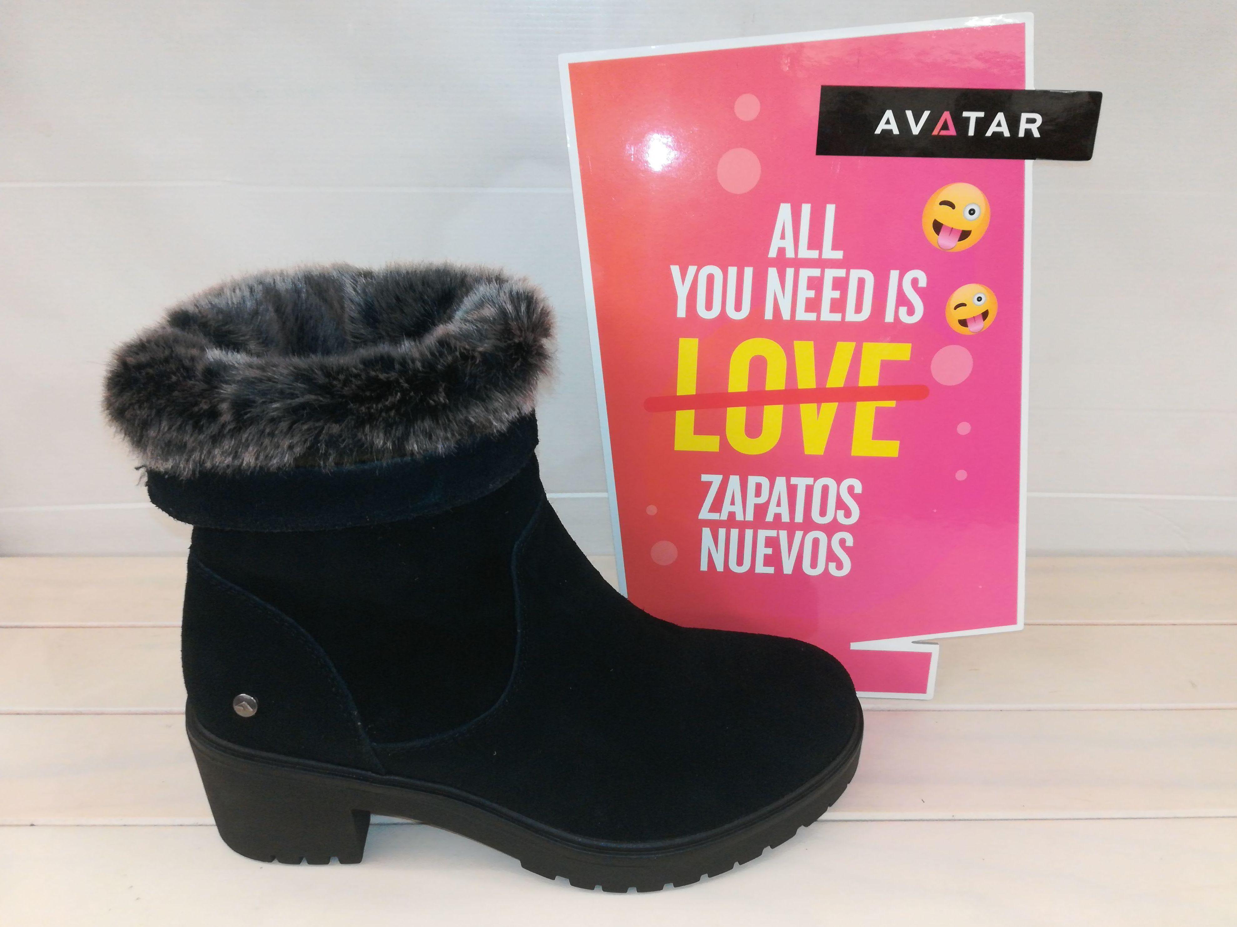 Foto 17 de Venta de calzado español para hombre y mujer en Alcorcón | Zapaterías Paco Márquez