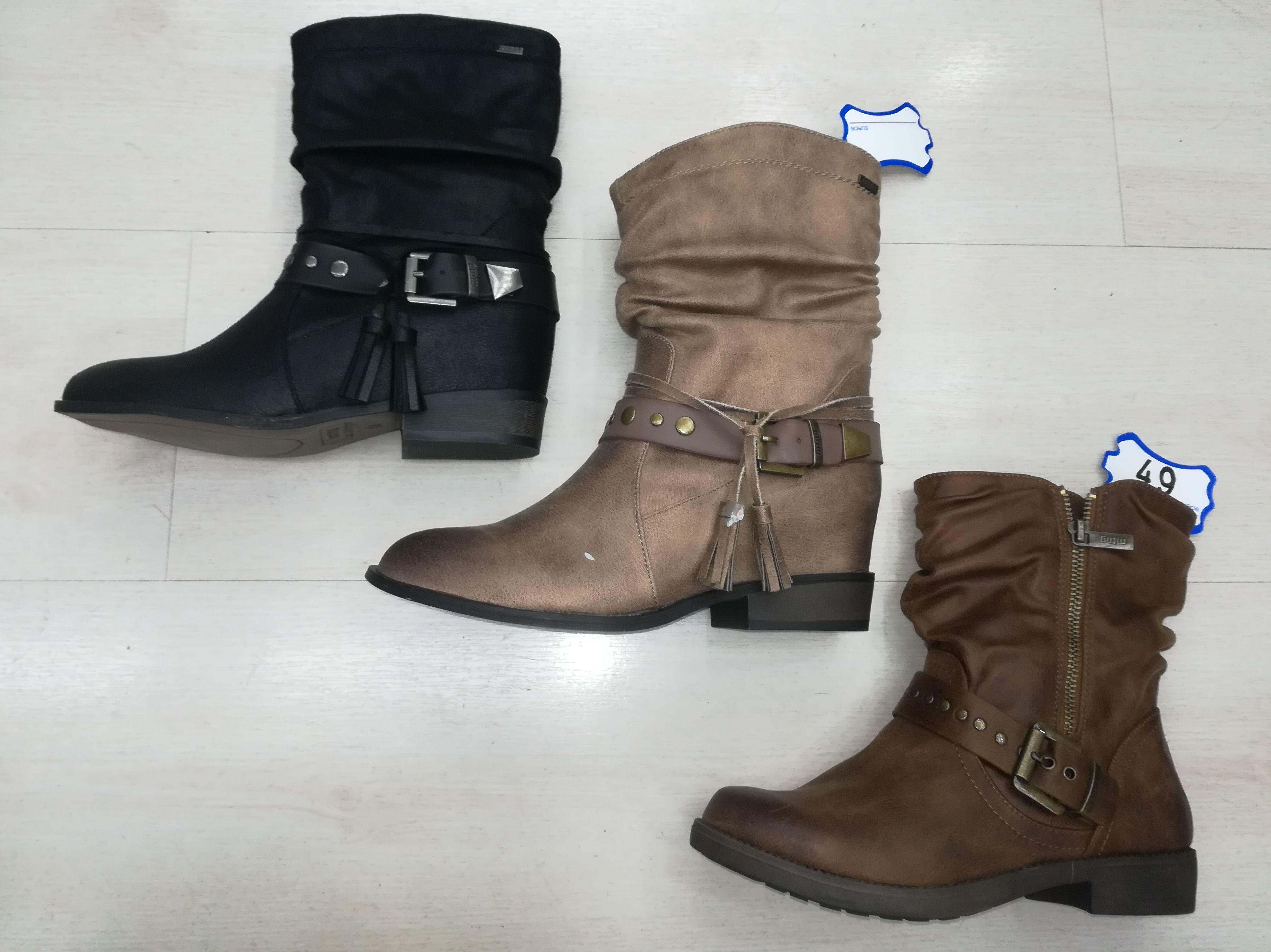 Foto 33 de Venta de calzado español para hombre y mujer en Alcorcón | Zapaterías Paco Márquez