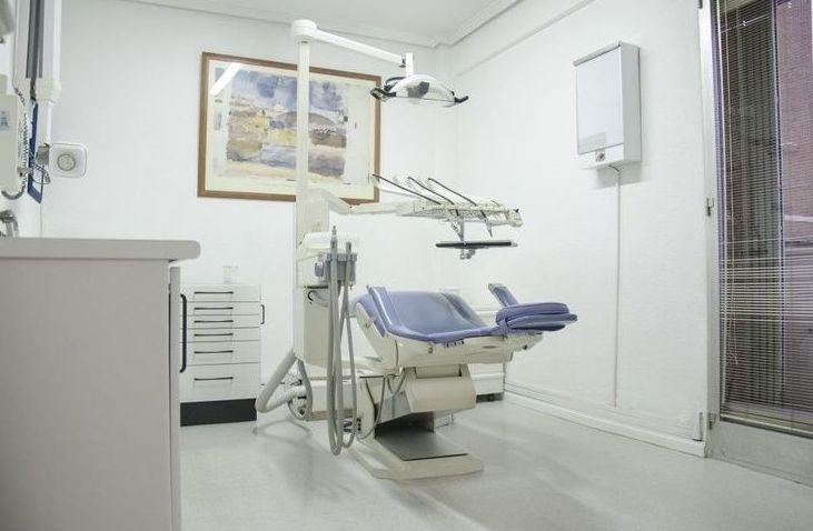 Estética dental: Odontología: servicios de Clínica  Dental Leticia Lenguas