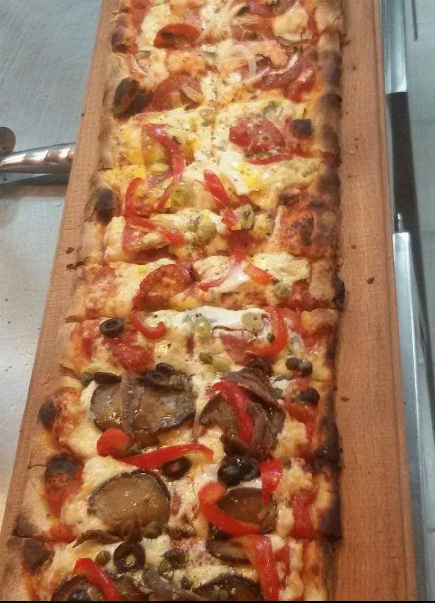 Kilometros de pizza en Arrecife