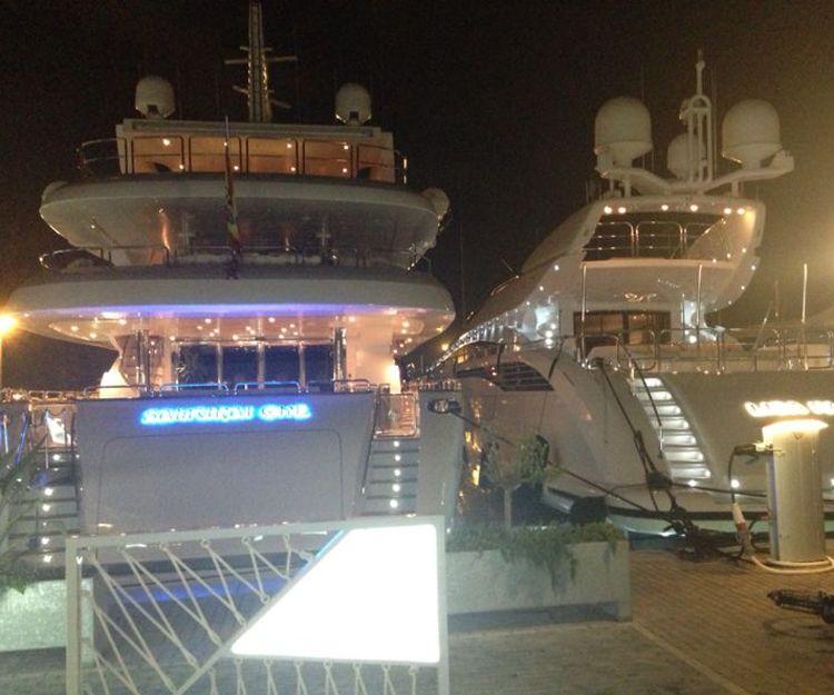 Salidas nocturnas en yate en Ibiza