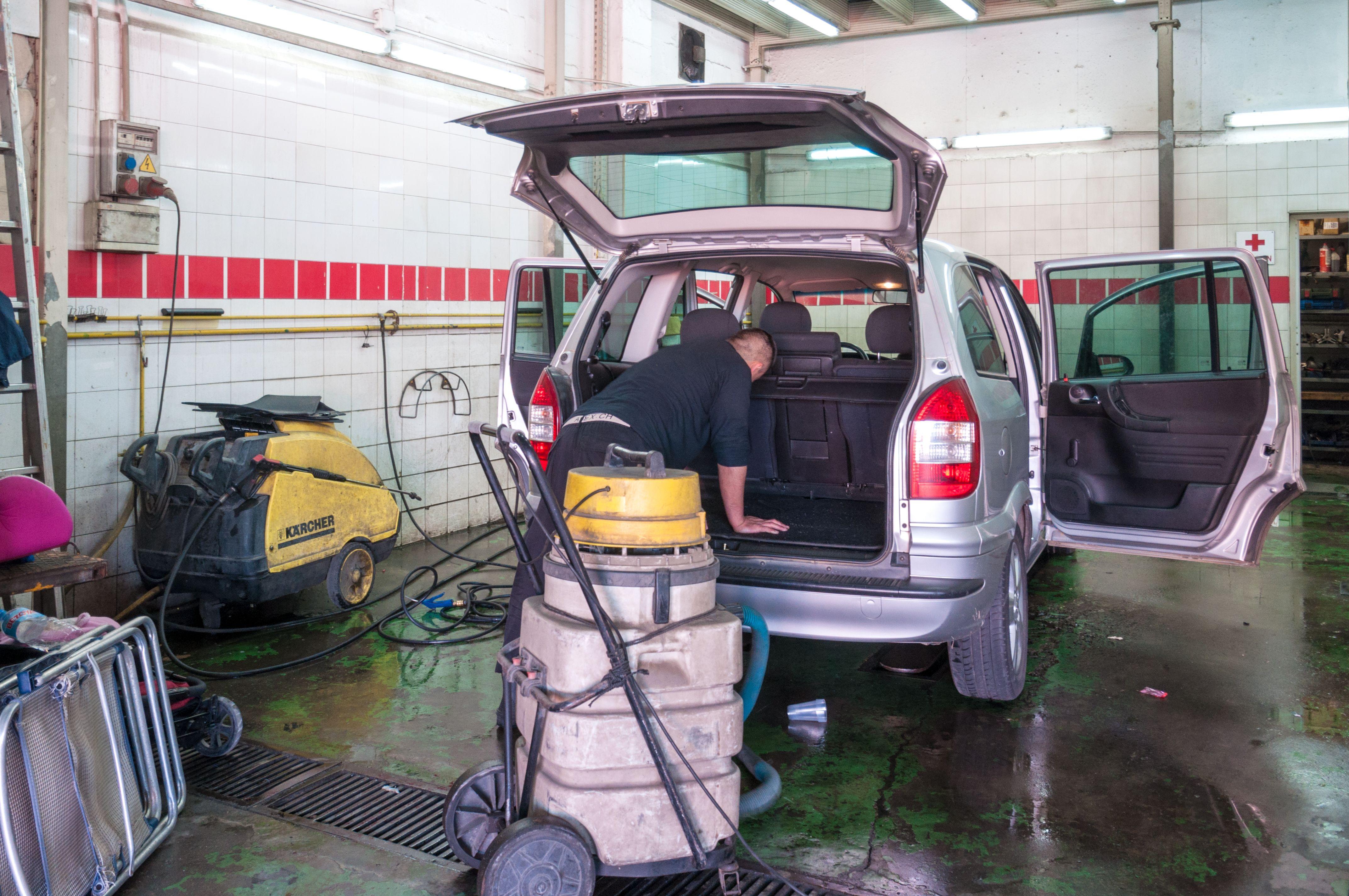 Lavado de coches: Servicios de Móvil Luján
