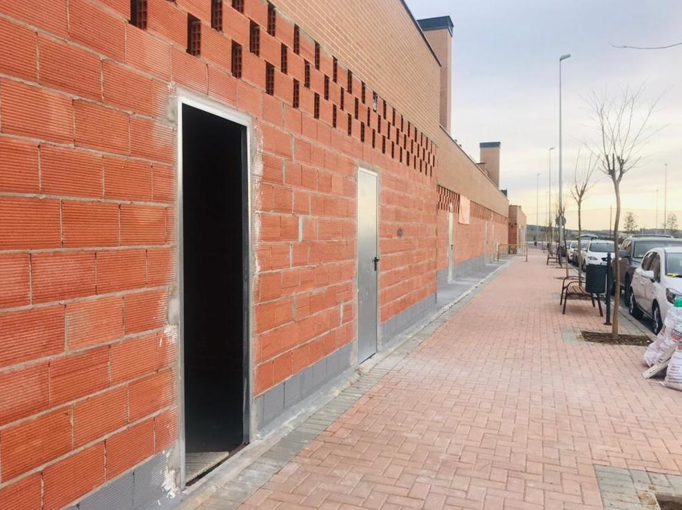 Locales Comerciales en Colmenar Viejo (Madrid). Construcción Terminada. Últimos Locales a la Venta.