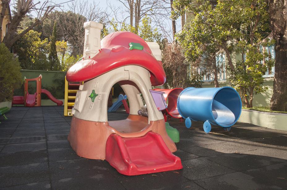 Escuela infantil con patio en Chamartín