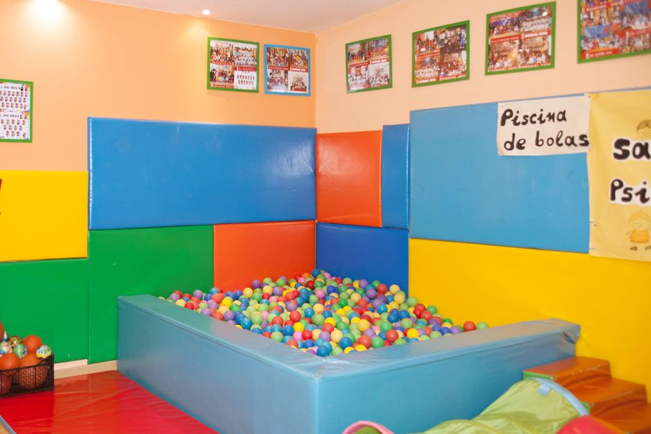 Escuela infantil con clases de natación en Chamartín
