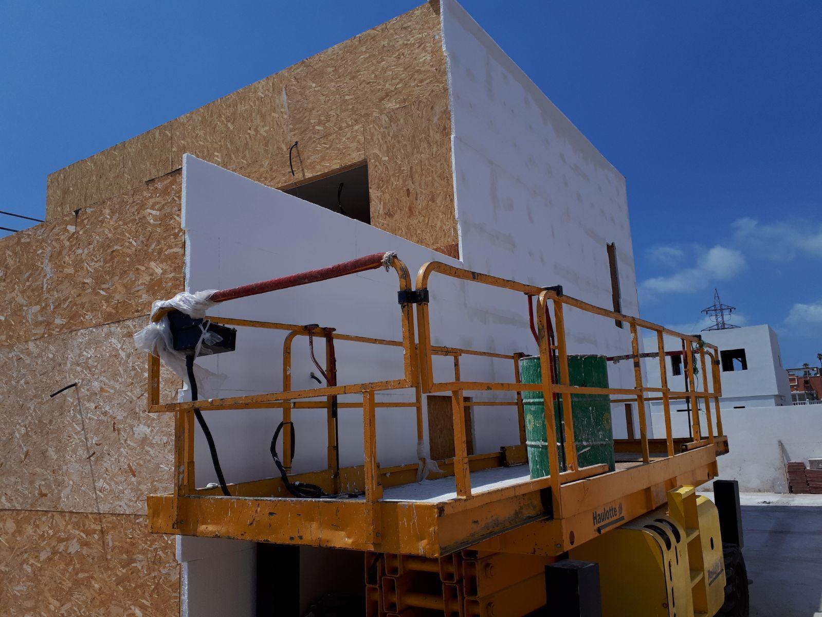 Alquiler de maquinaria: Servicios de JHL Construcciones Canarias