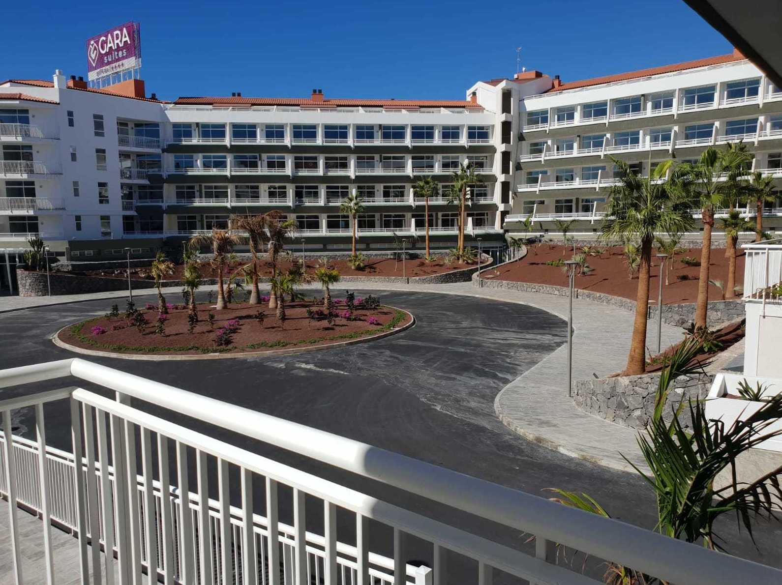 Acondicionamiento de hotel y jardines