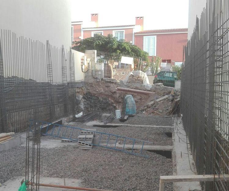 Vivienda unifamliar en construcción en Piedra Hincada