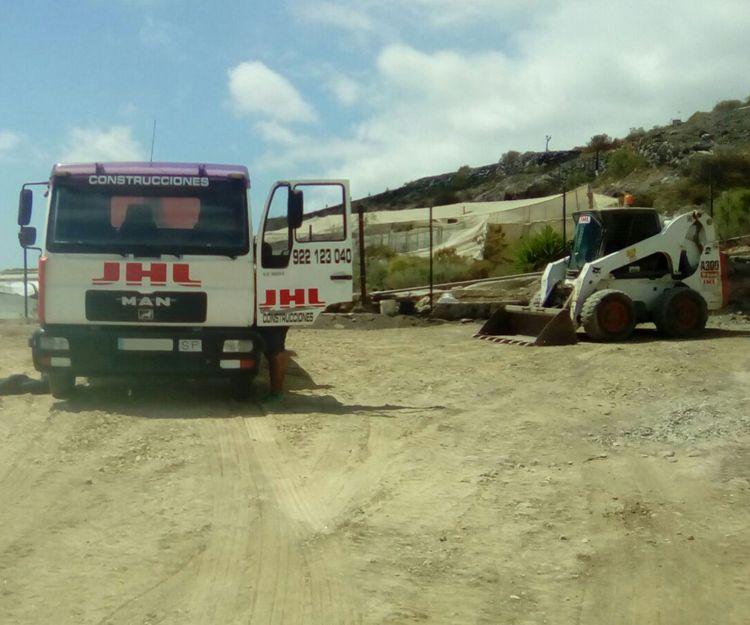 Maquinaria propia en Tenerife