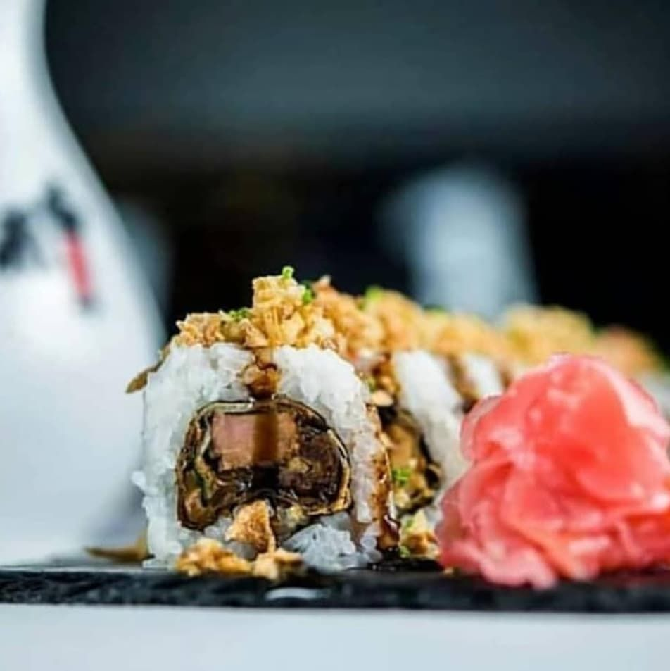 Maki-rolls: crujientes, clásicos, sorprendentes, con un toque picante, vegetales, de pescado, incluso de foie...