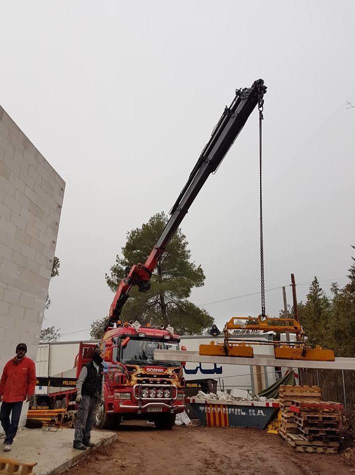Foto 60 de Transportes en El Prat de Llobregat | Transgodoy