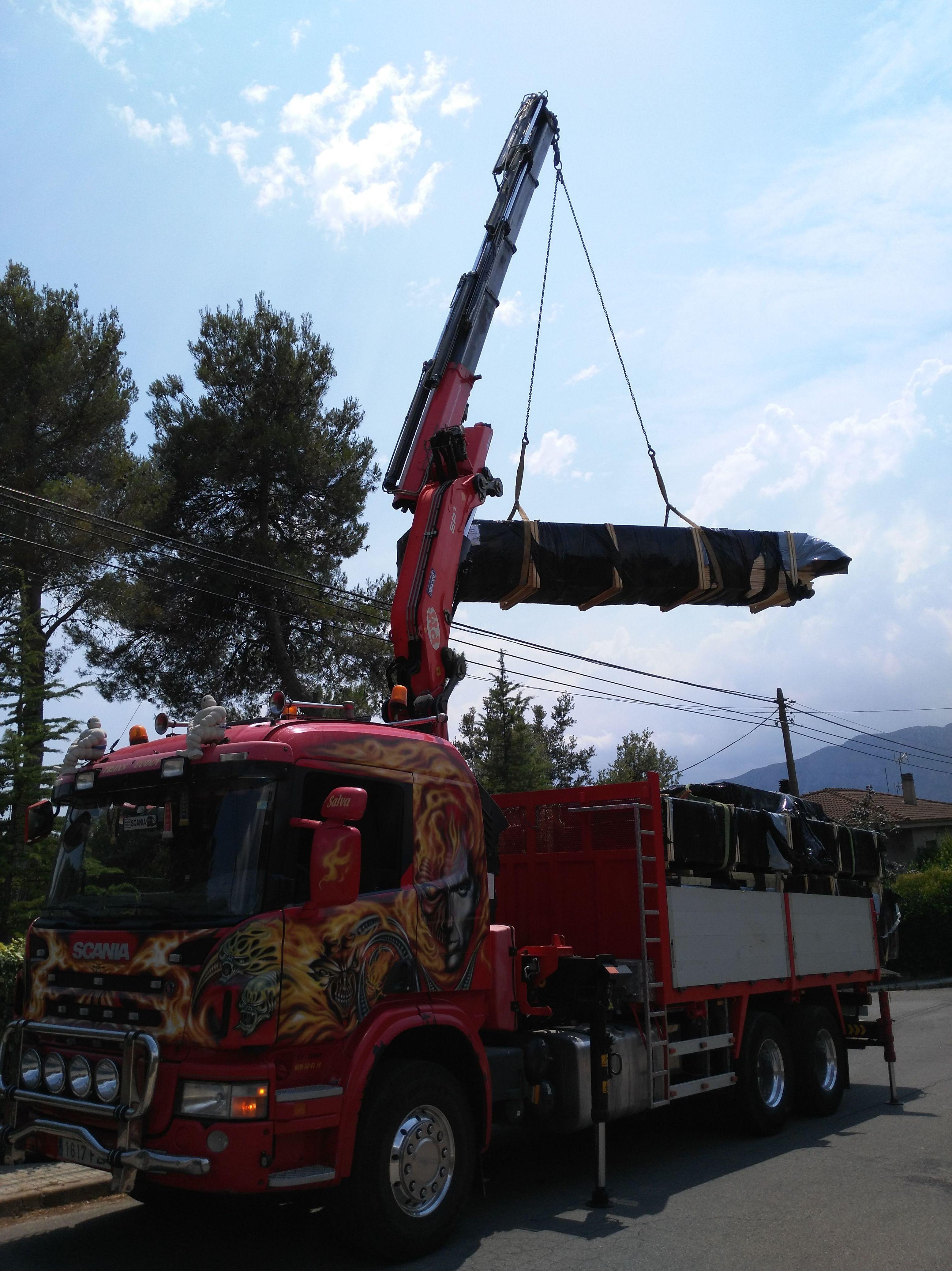 Foto 62 de Transportes en El Prat de Llobregat | Transgodoy