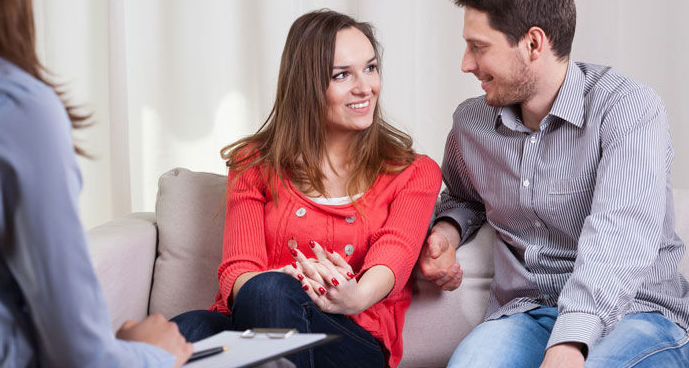 Si tienes crisis en tú pareja lo más adecuado es hacer terapia