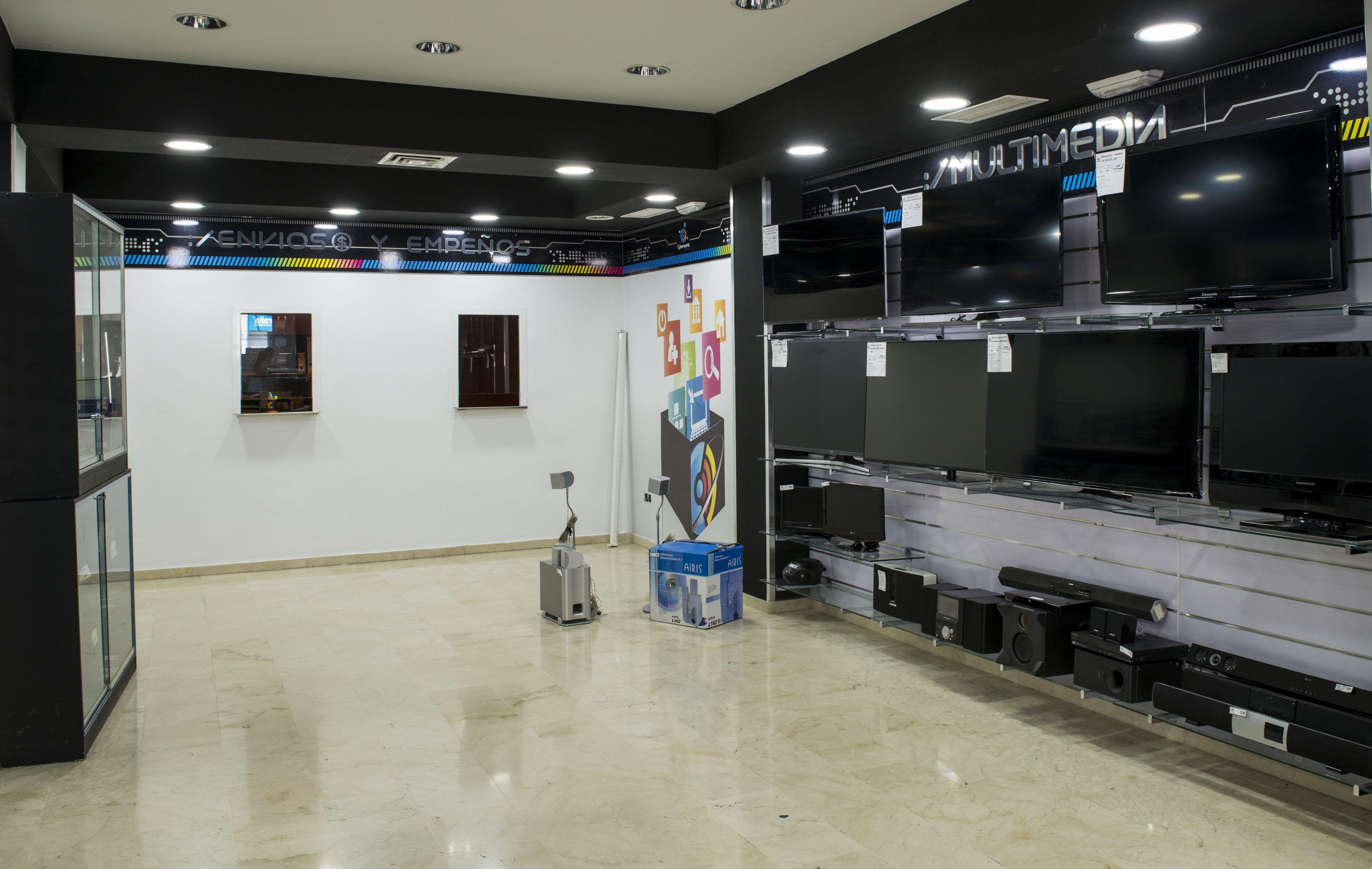 Foto 5 de Reparación y venta de móviles en Úbeda   Cyberworld Móviles