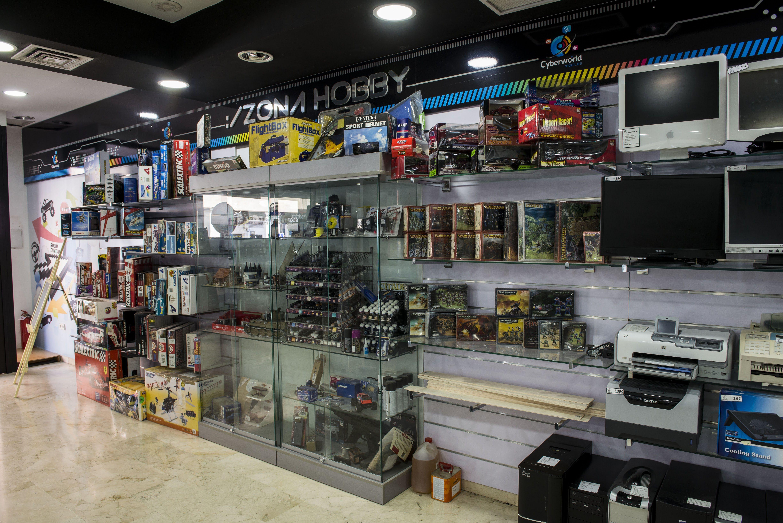 Foto 4 de Reparación y venta de móviles en Úbeda | Cyberworld Móviles