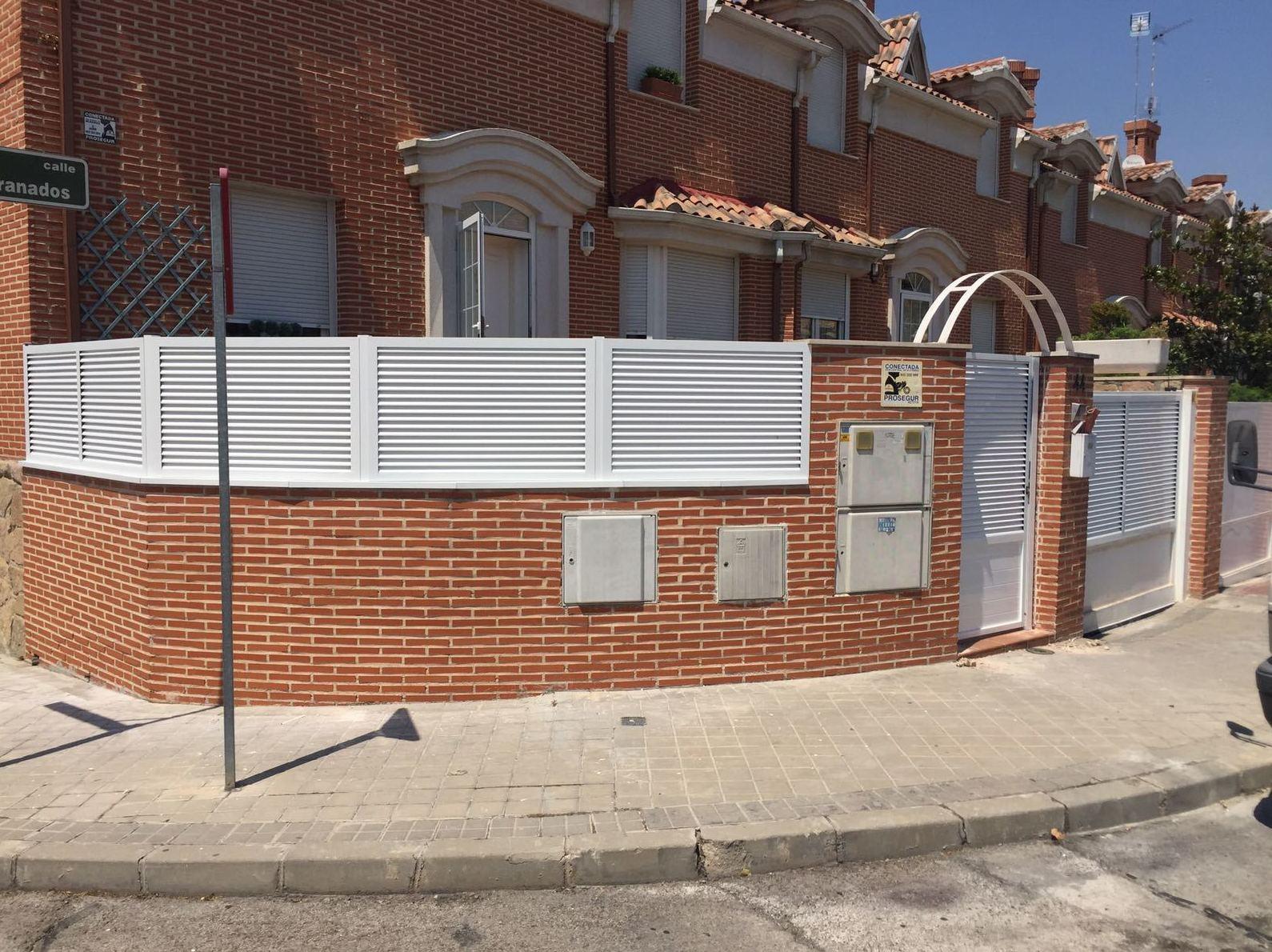 Foto 32 de Carpintería de aluminio, metálica y PVC en Escalona del Alberche | Hierros Y Aluminios Torres