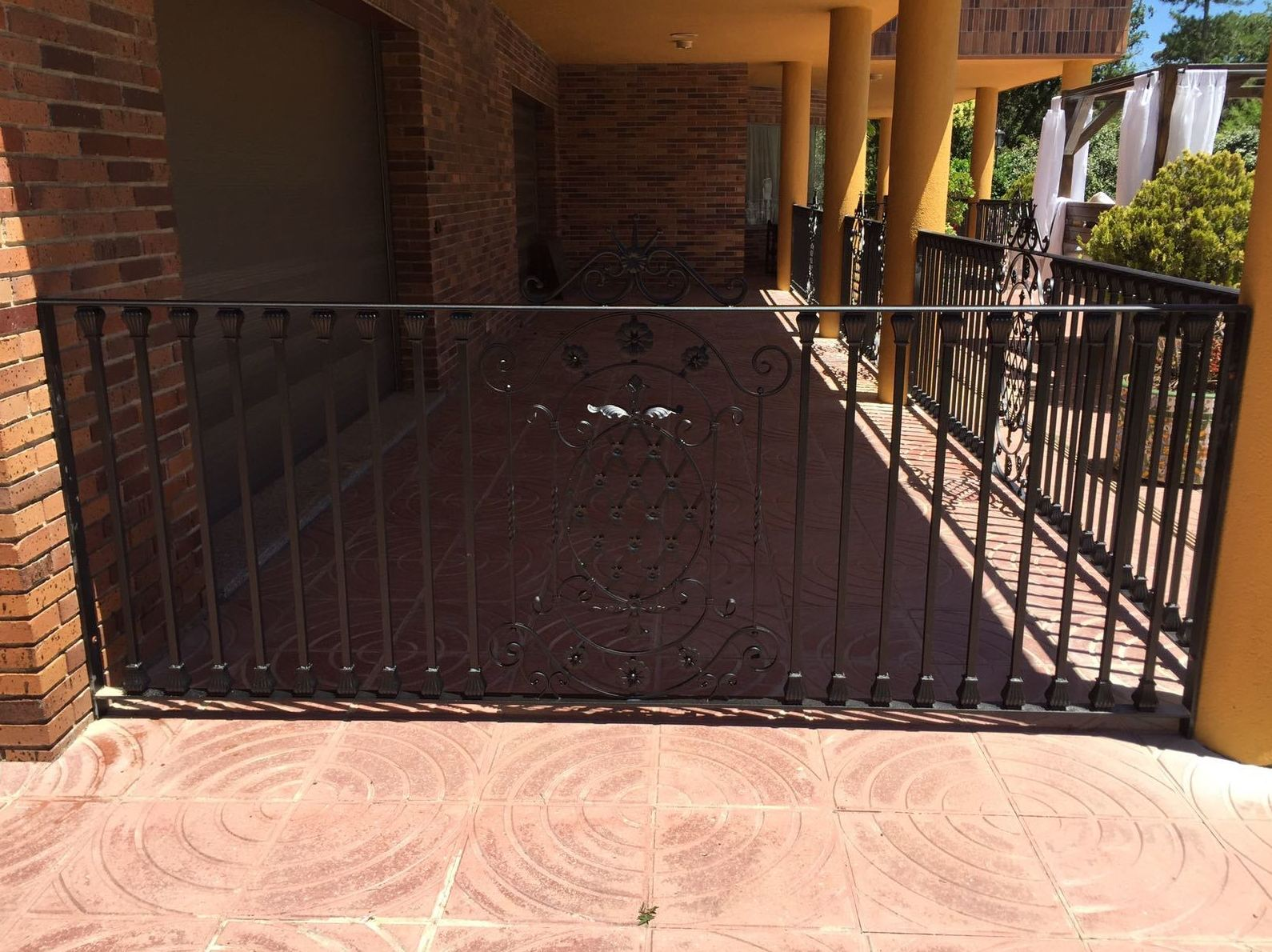 Foto 3 de Carpintería de aluminio, metálica y PVC en Escalona del Alberche | Hierros Y Aluminios Torres