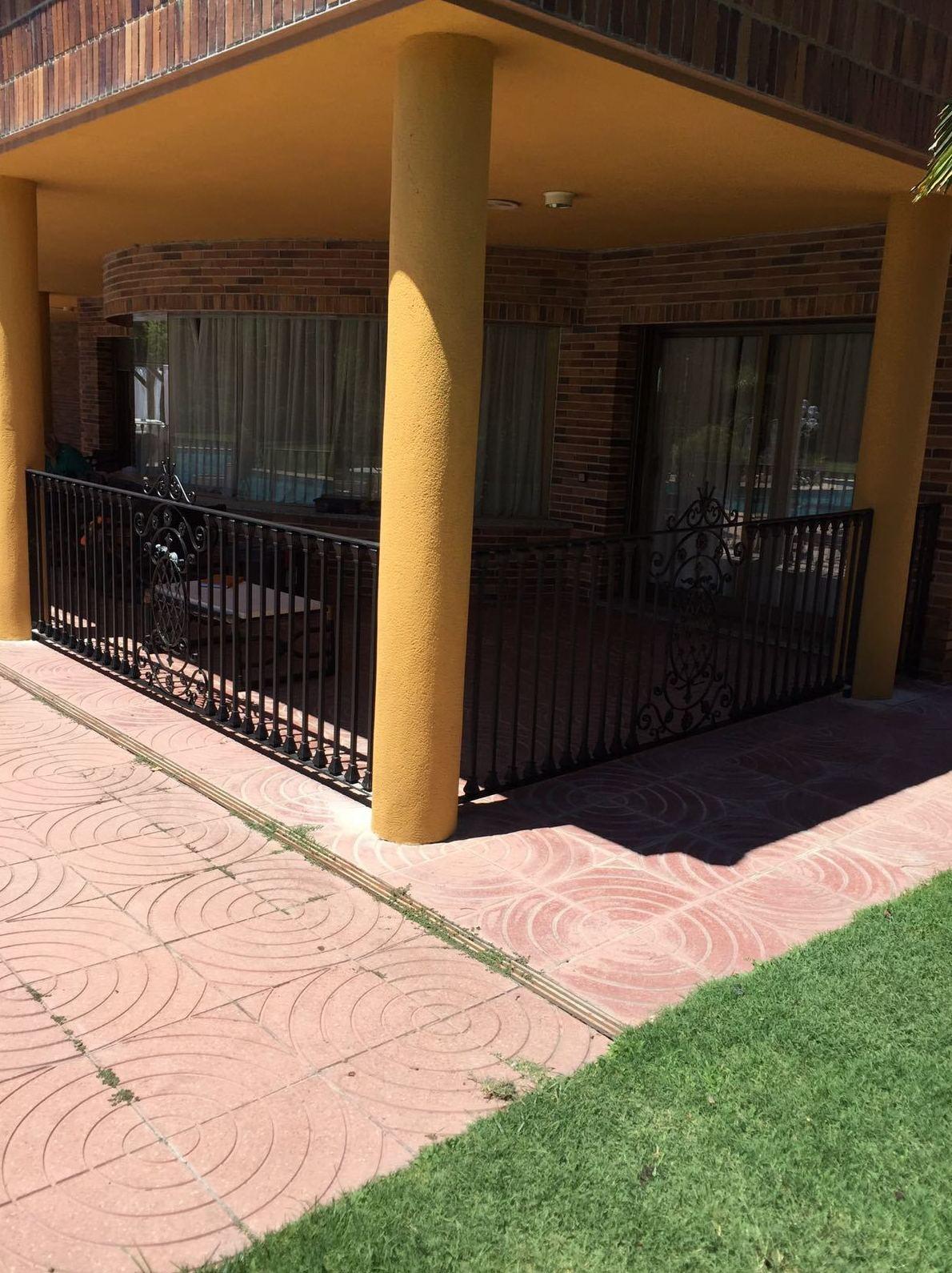 Foto 2 de Carpintería de aluminio, metálica y PVC en Escalona del Alberche | Hierros Y Aluminios Torres