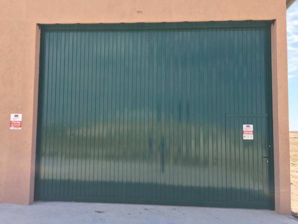 Foto 49 de Carpintería de aluminio, metálica y PVC en Escalona del Alberche | Hierros Y Aluminios Torres