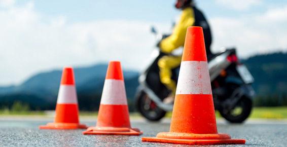 Autoescuela Nino, carnet de moto en Barakaldo
