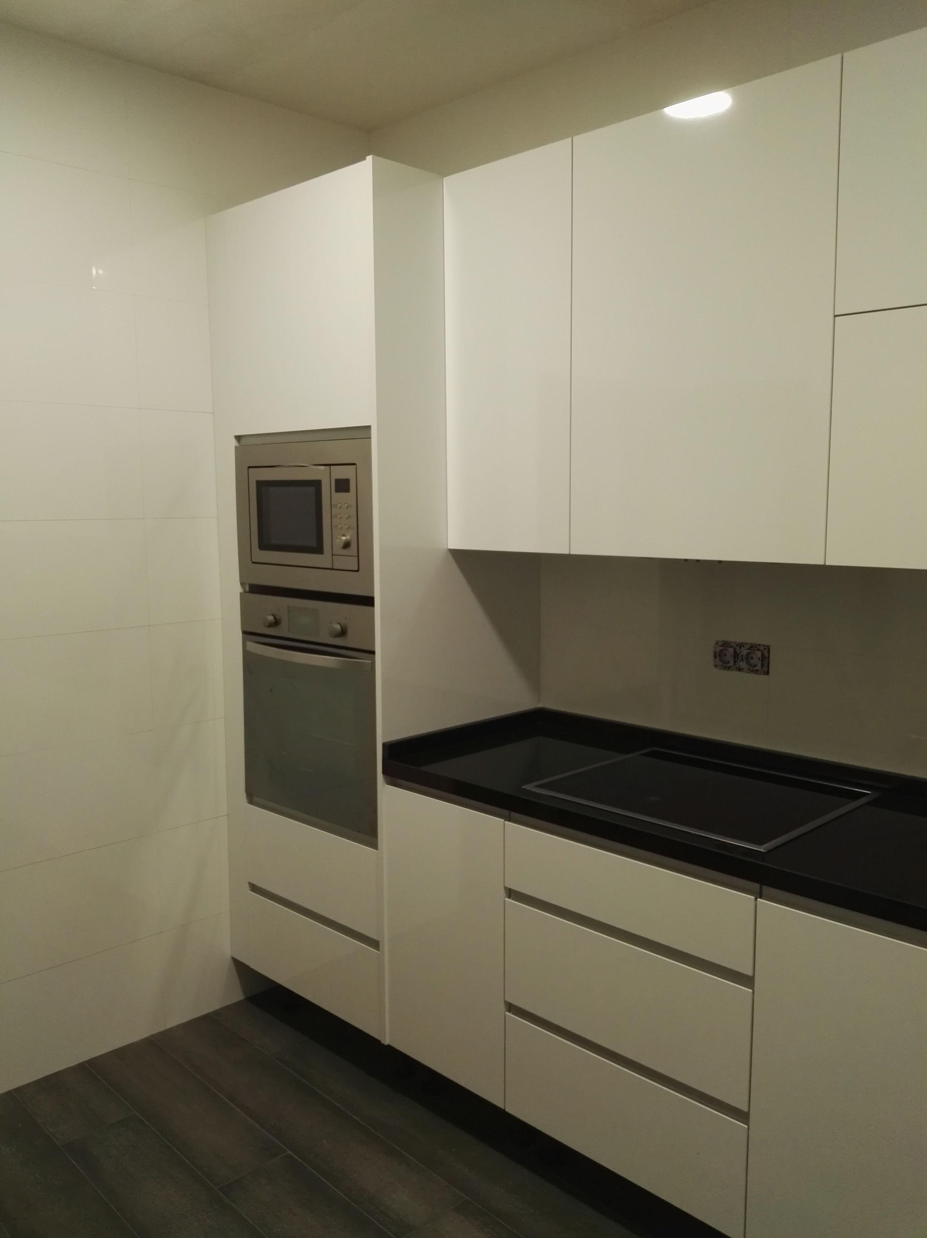 Foto 56 de Reformas en baños y cocinas en Trobajo del Camino | F. Alba, cocinas y baños