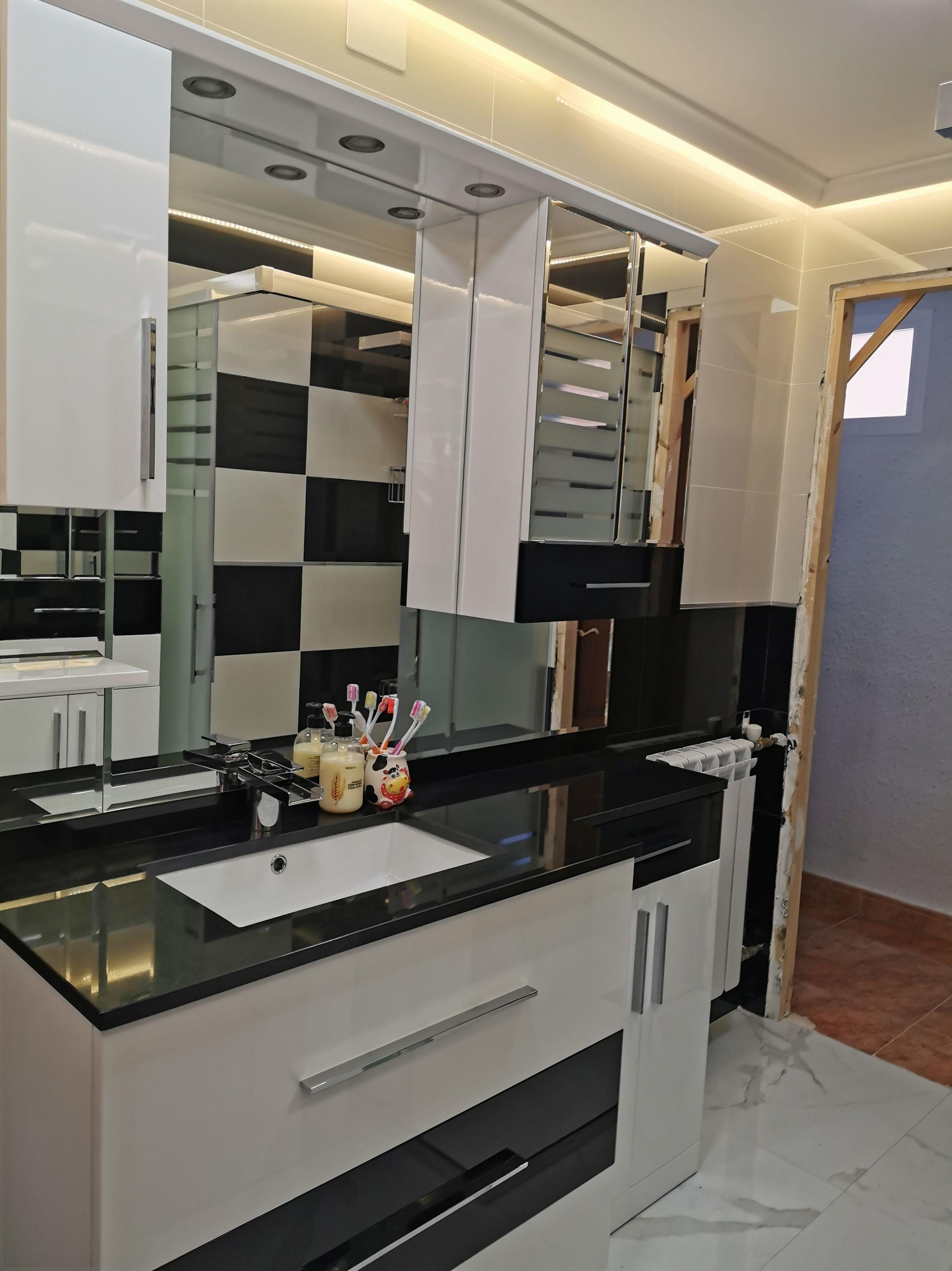 Foto 23 de Reformas en baños y cocinas en Trobajo del Camino | F. Alba, cocinas y baños