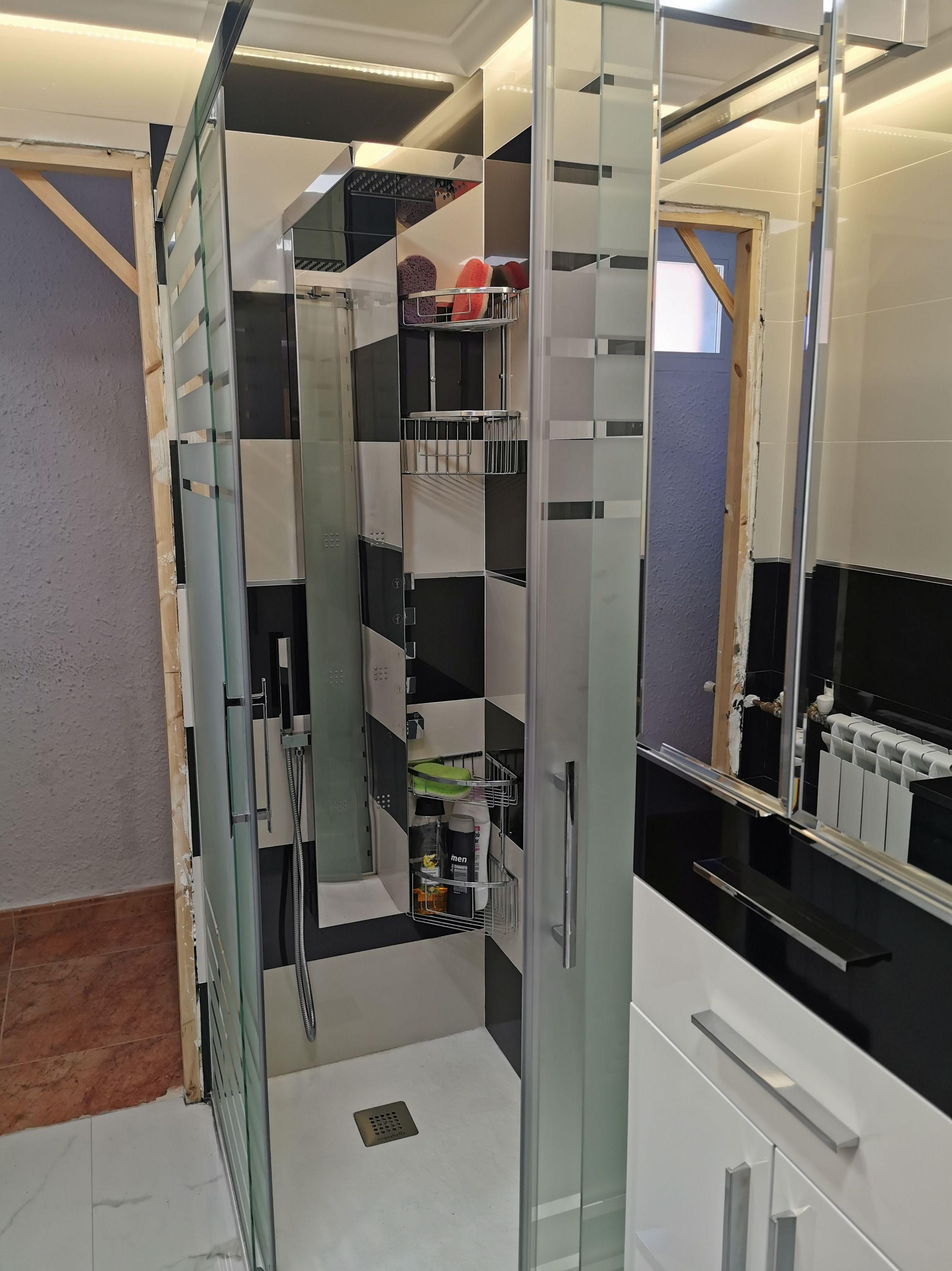 Foto 22 de Reformas en baños y cocinas en Trobajo del Camino | F. Alba, cocinas y baños