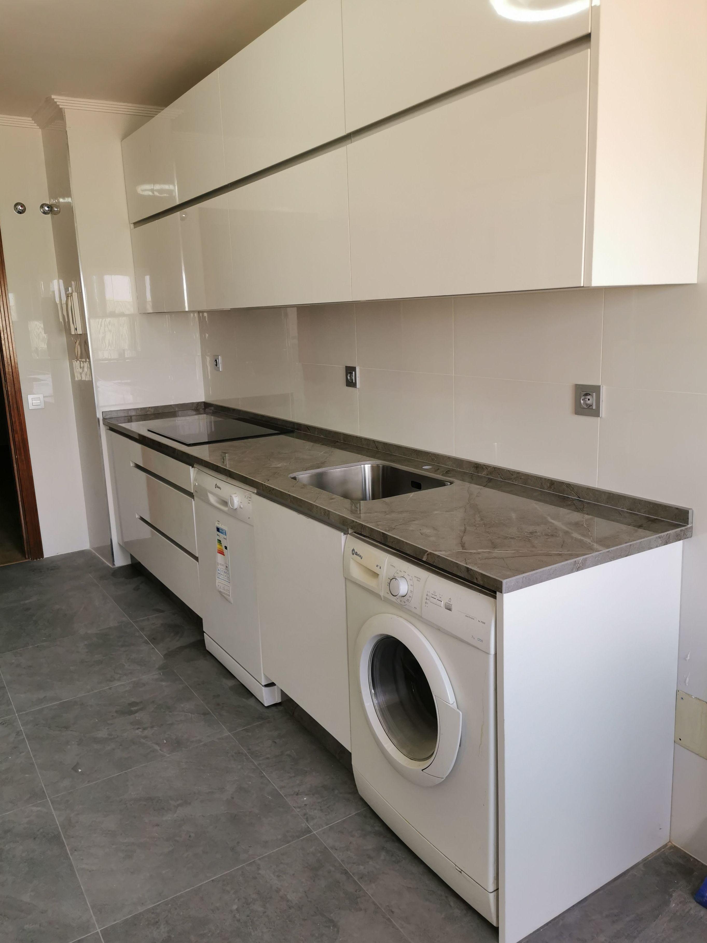 Foto 27 de Reformas en baños y cocinas en Trobajo del Camino | F. Alba, cocinas y baños