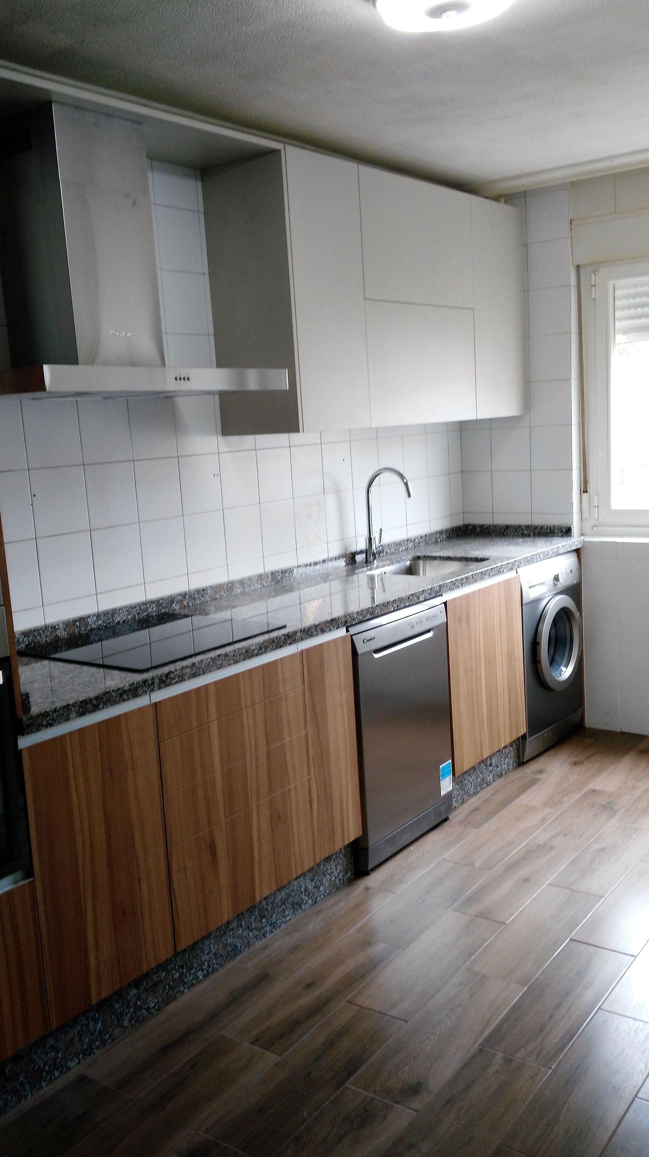 Cocina en madera: Cocinas y baños de F. Alba, cocinas y baños