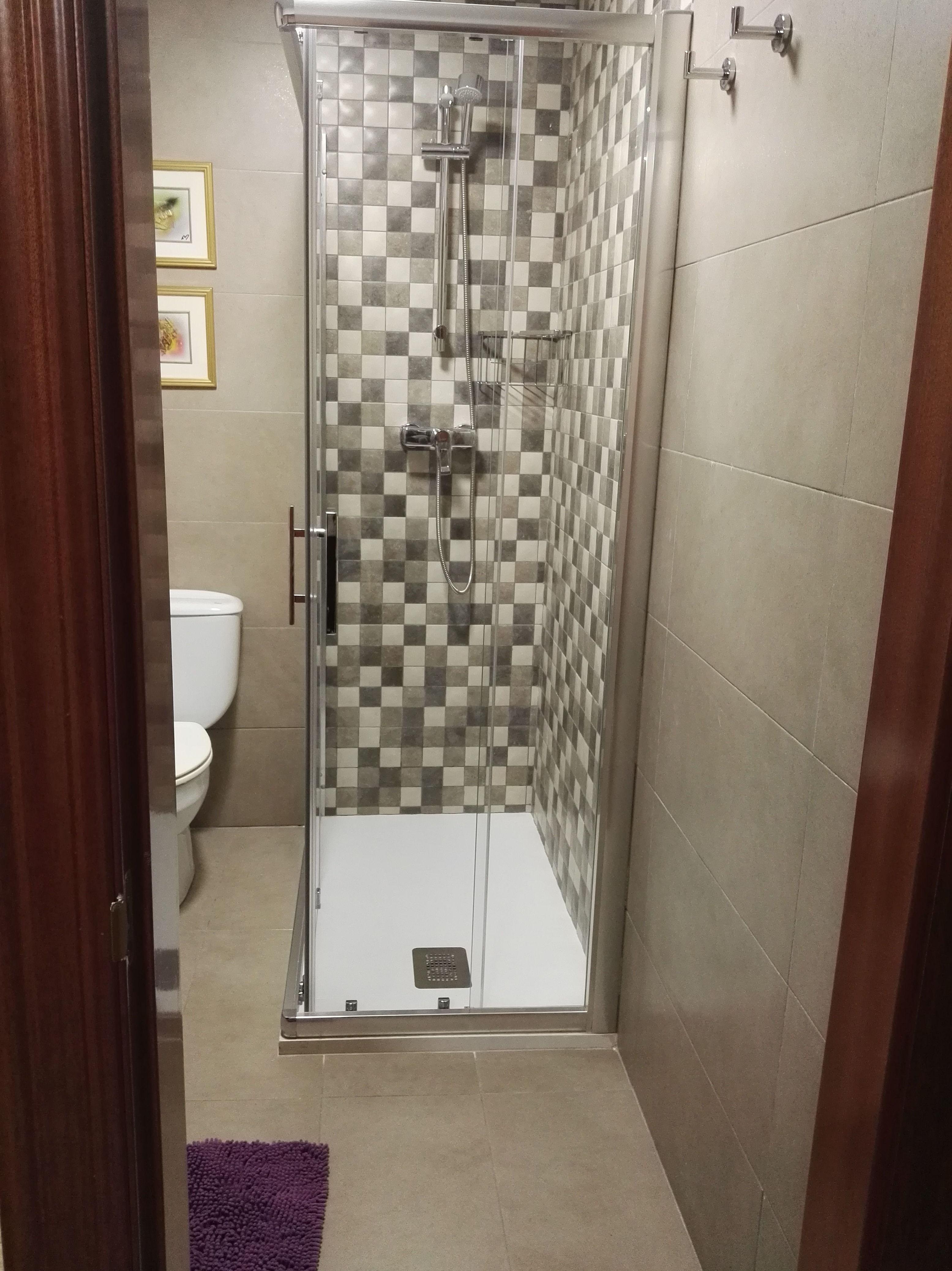 Foto 50 de Reformas en baños y cocinas en Trobajo del Camino | F. Alba, cocinas y baños
