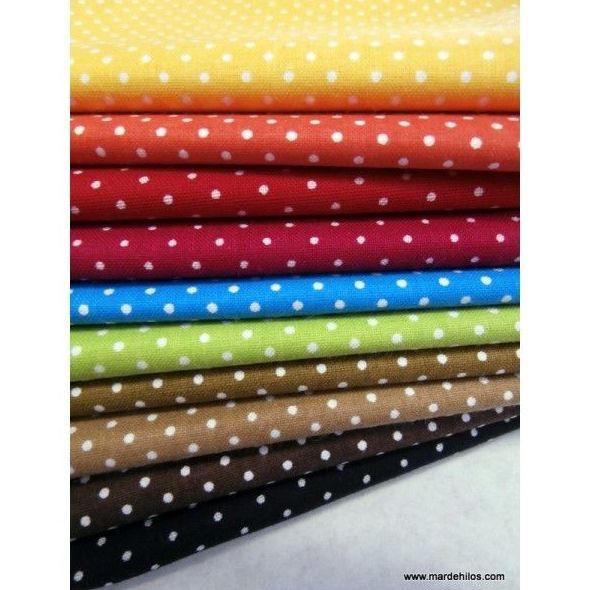 Telas de colores y topos