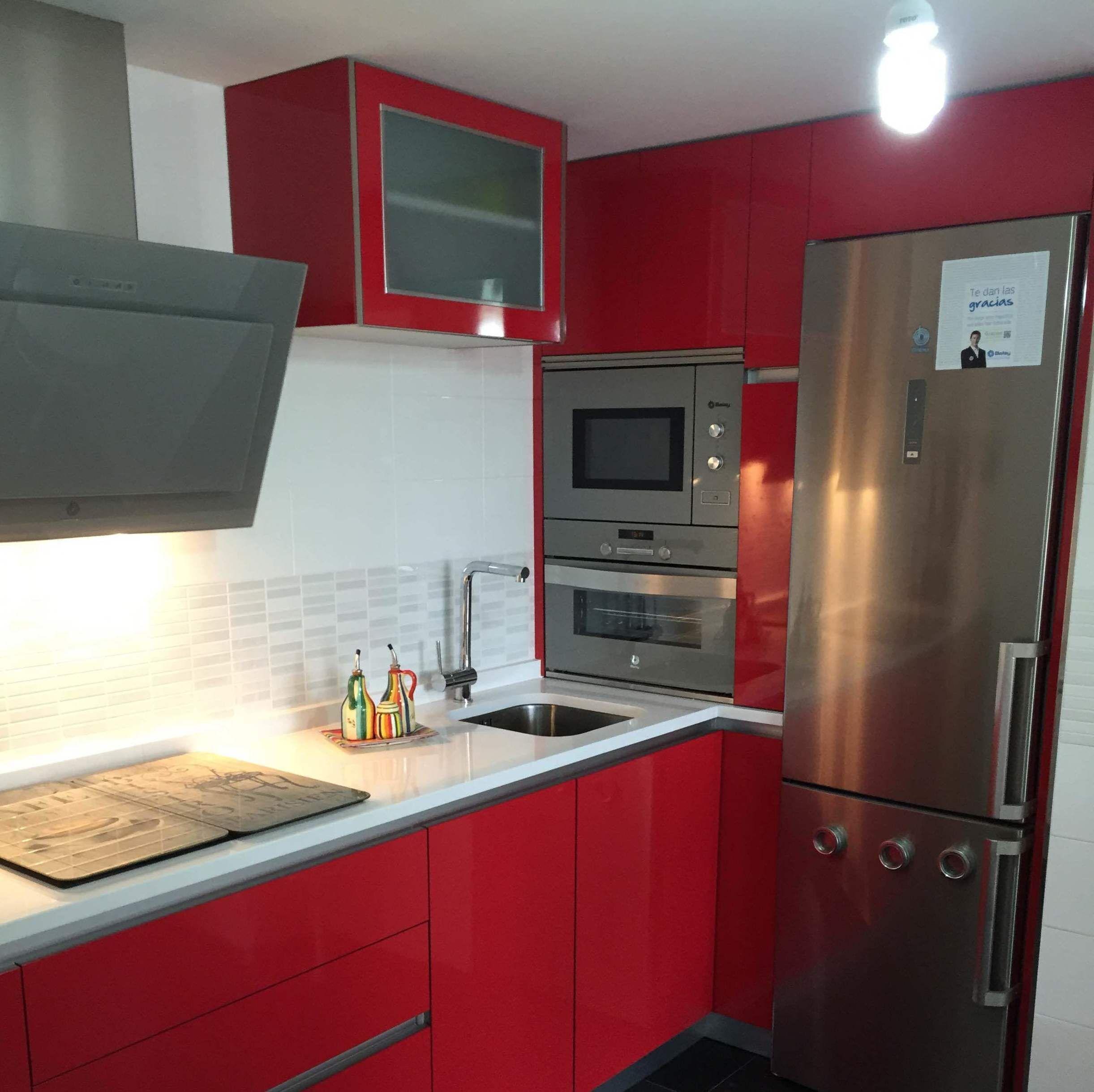 Tiendas de muebles de cocina en madrid reformas de cocinas for Muebles de cocina nectali